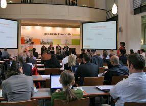 Rund 70 Biokunststoff-Experten trafen sich im Umweltzentrum in Berlin.
