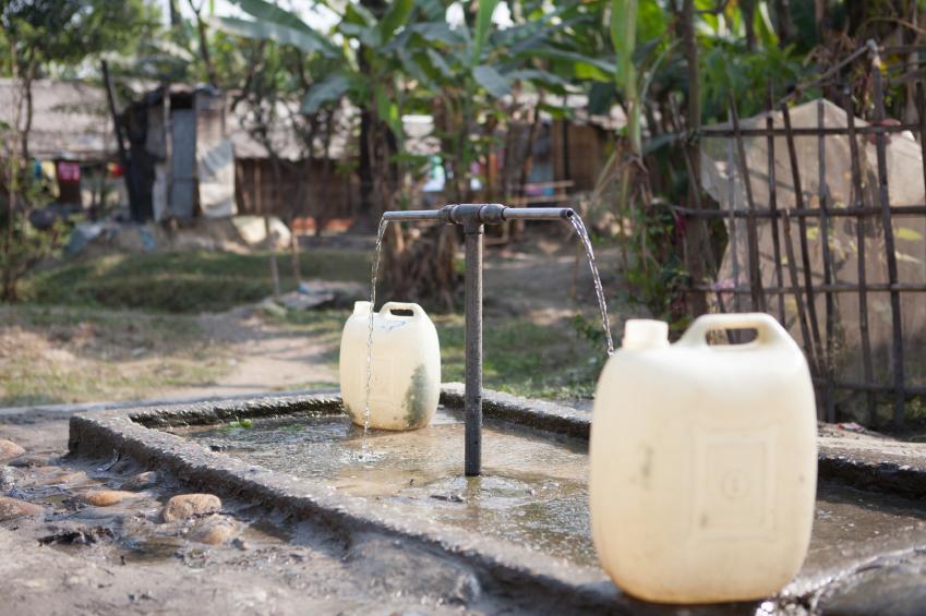 Verunreinigtes Trinkwasser ist vor allem in Entwicklungsländern ein ernstes Problem.