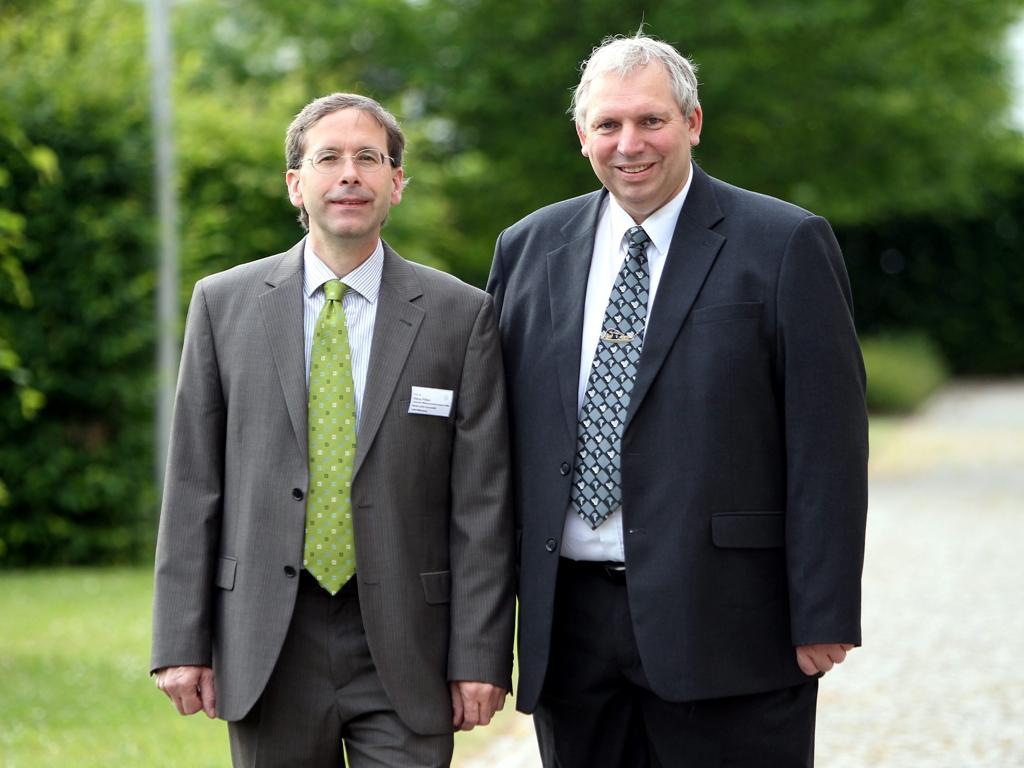 Die Sprecher des WissenschaftsCampus - pflanzenbasierte Bioökonomie: Prof. Dr. Klaus Pillen (links) und Prof. Dr. Ludger Wessjohann (rechts) (Quelle: © WCH)