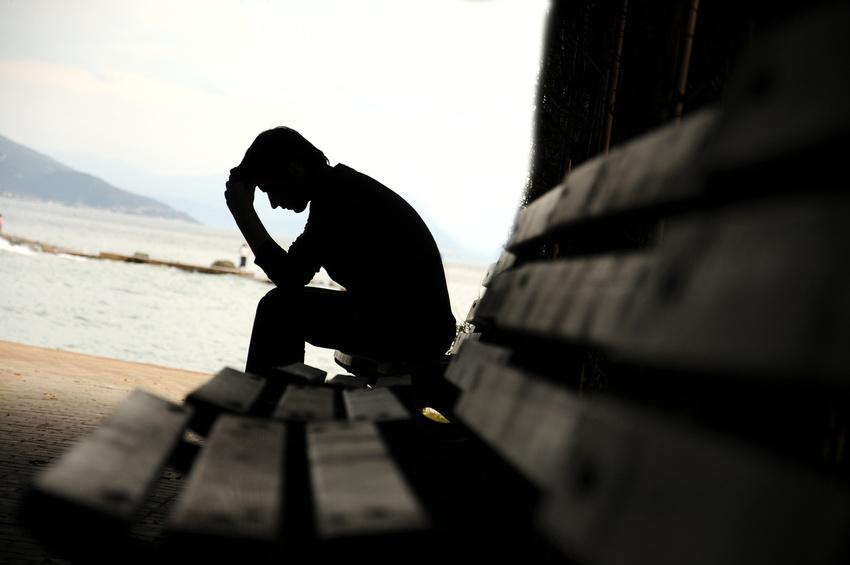 Chronischer Stress sorgt nicht nur für schlechte Laune, er kann krank machen. Symptome können zunehmende Ängste, Probleme mit der Konzentrationsfähigkeit, bis hin zu einer Depression sein.