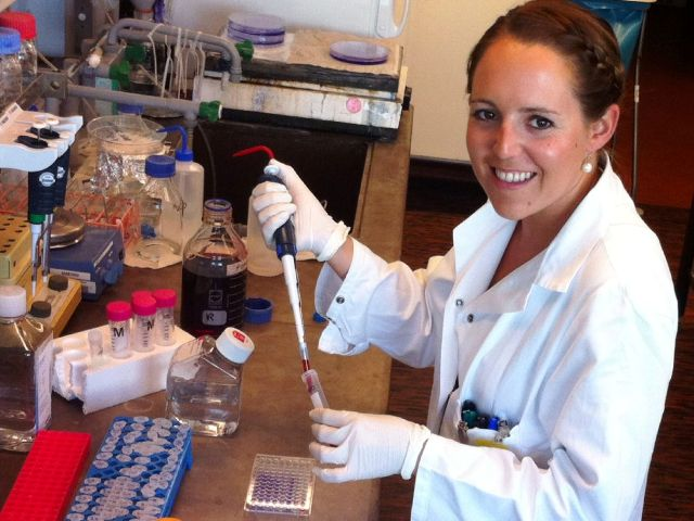 Sandra Pahr, Wissenschaftlerin an der Medizinischen Universität Wien, konnte einen Auslöser für schwere Weizenallergien ausfindig machen und charakterisieren.