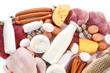 Die Produktion von Fleisch, Eiern und Milch benötigt deutlich mehr Phosphor als die Pflanzenproduktion.