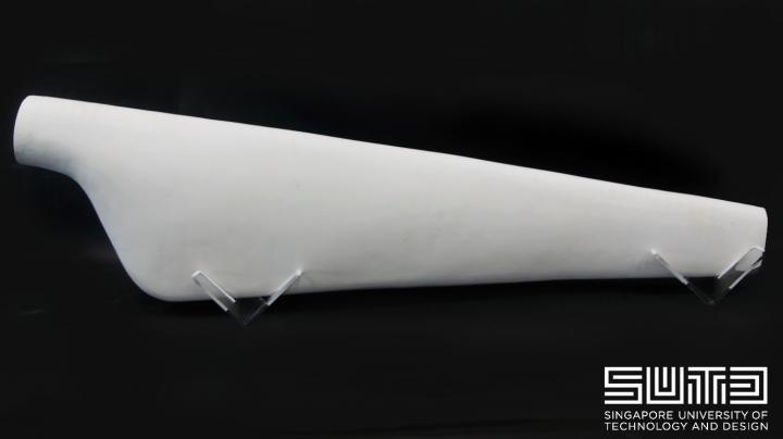Um die Leistungsfähigkeit des Systems zu demonstrieren, haben die Forscher ein 1,2 m langes Windturbinenblatt in 3D gedruckt.