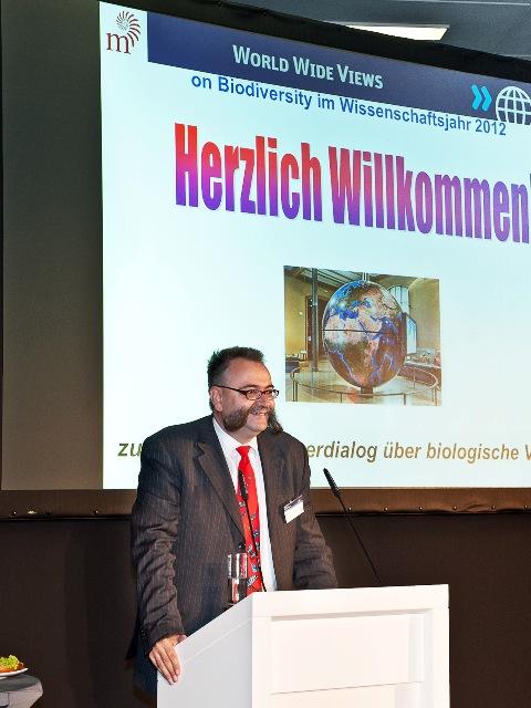 Der Generaldirektor des Museums für Naturkunde Berlin, Prof. Johannes Vogel begrüßte die Teilnehmer.