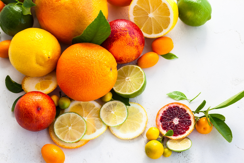 Orangen liefern dem Körper Vitamin C und Carotinoide.