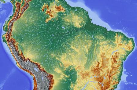 Mit seiner Ausdehnung auf ca. 5 Millionen Quadratkilometern ist das Amazonasbecken das weltgrößte Flusssystem. Die Region beeinflusst das weltweite Klima. Hier fällt ein Fünftel des globalen Landniederschlags (Quelle: ©Hans Braxmeier / wikimedia.org; CC BY-SA 2.0 DE).