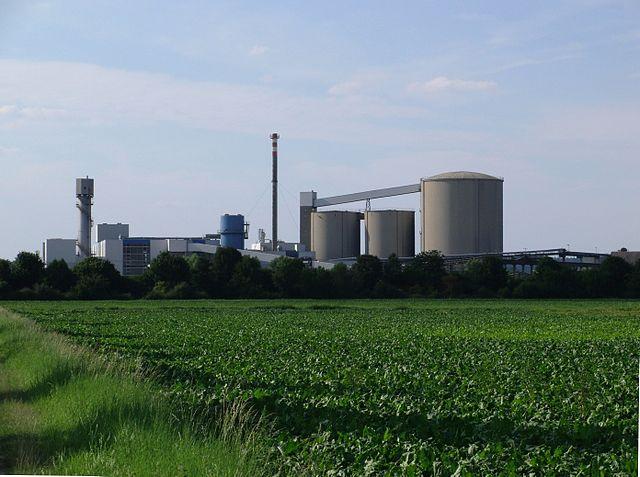 Zucker ist ein nachwachsenderRohstoff, der in der Zucker-Bioraffinerie verarbeitet wird. Hier eine Fabrik in Wabern, Hessen.