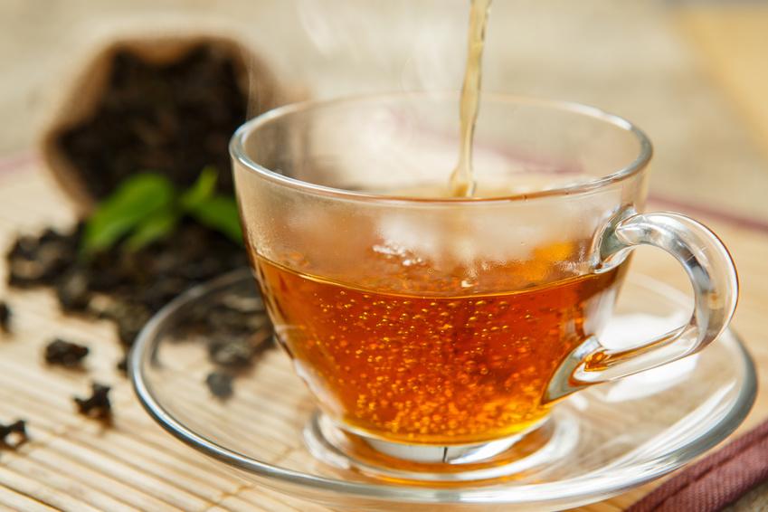 Das Aroma des Tees wird sowohl durch die Anbaubedingungen geformt, als auch durch die Produktionsschritte. (Bildquelle: © DN6 - Fotolia.com)