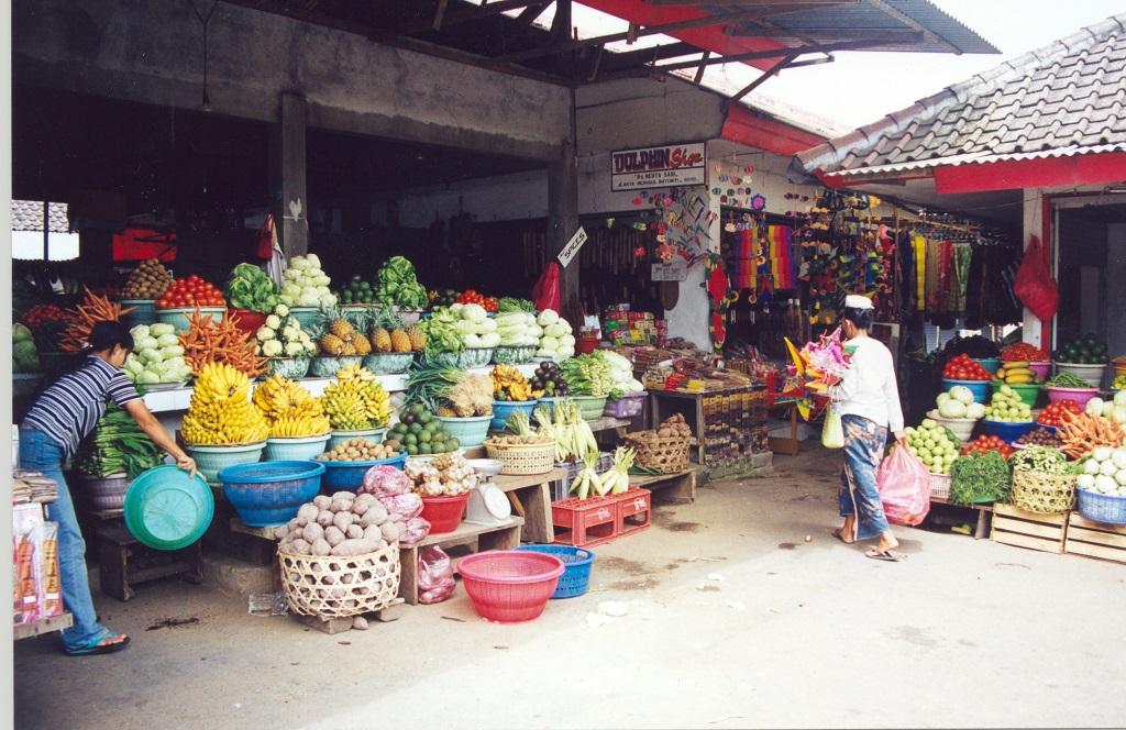 Regionale Märkte tragen signifikant zur Ernährung bei und schaffen nicht selten zusätzliche Einkommensmöglichkeiten. (Bildquelle: © Heike Hering/ pixelio.de)