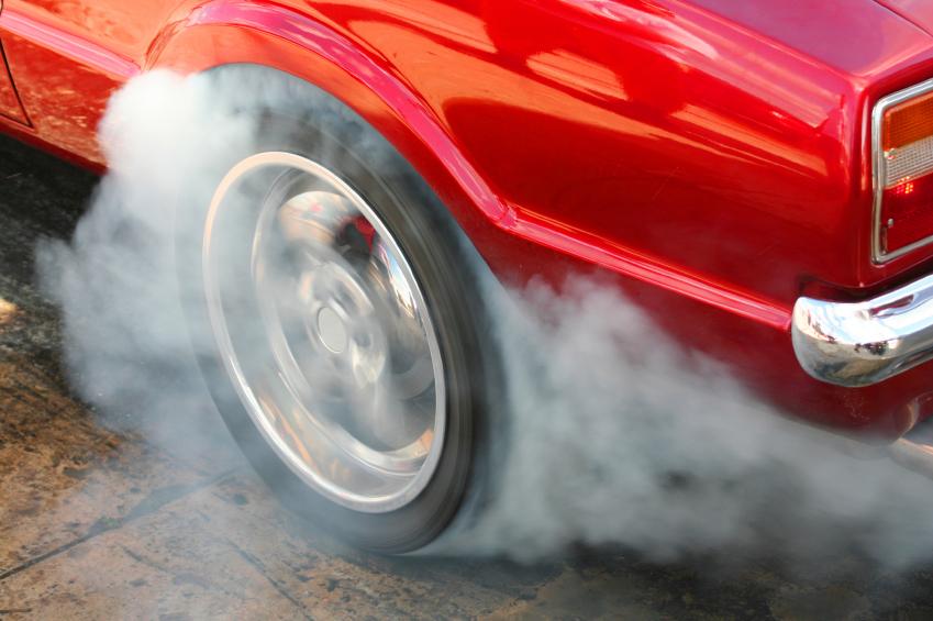 Wer Gummi geben will, braucht belastbare Reifen. Für Elastizität und den richtigen Rollwiderstand sorgt der Kautschukanteil von etwa 40%.