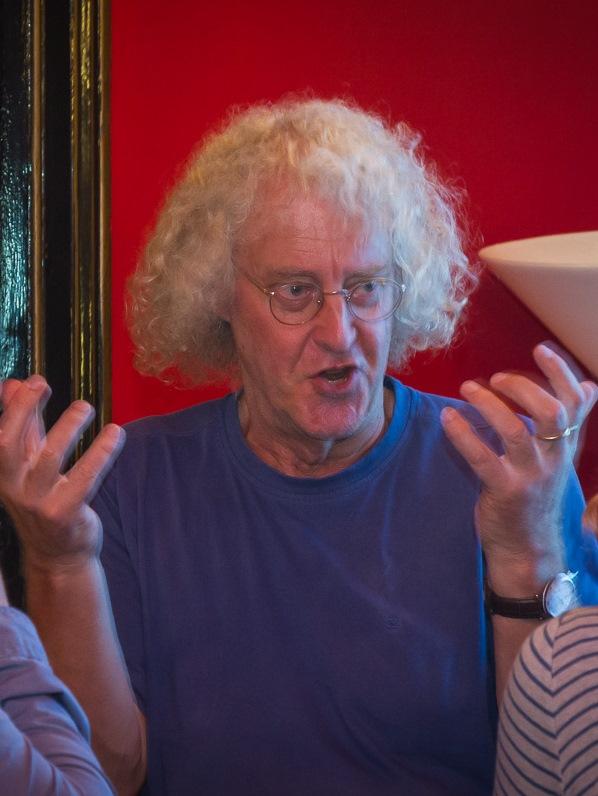 Der Referent Prof. Mark Stitt, einer der drei Direktoren am PotsdamerMax-Planck-Institut für Molekulare Pflanzenphysiologie, erklärte den Gästen, ob Pflanzen unter Jetlag leiden können.