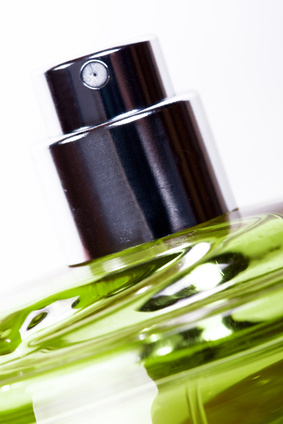 Ambra findet sich immer noch in teuren Parfüms (Quelle: © Raia / Fotolia.com)