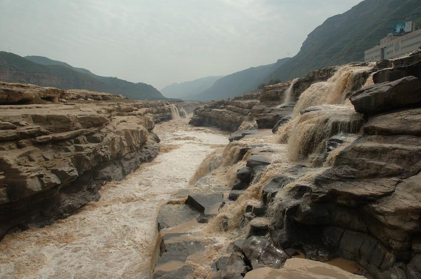 Der Gelbe Fluss - auchHuang He genannt - hat in den letzten Jahrzehnten einen großen Teil seines Abflusses eingebüßt – auch hier wird die intensive Landwirtschaft mitverantwortlich gemacht.