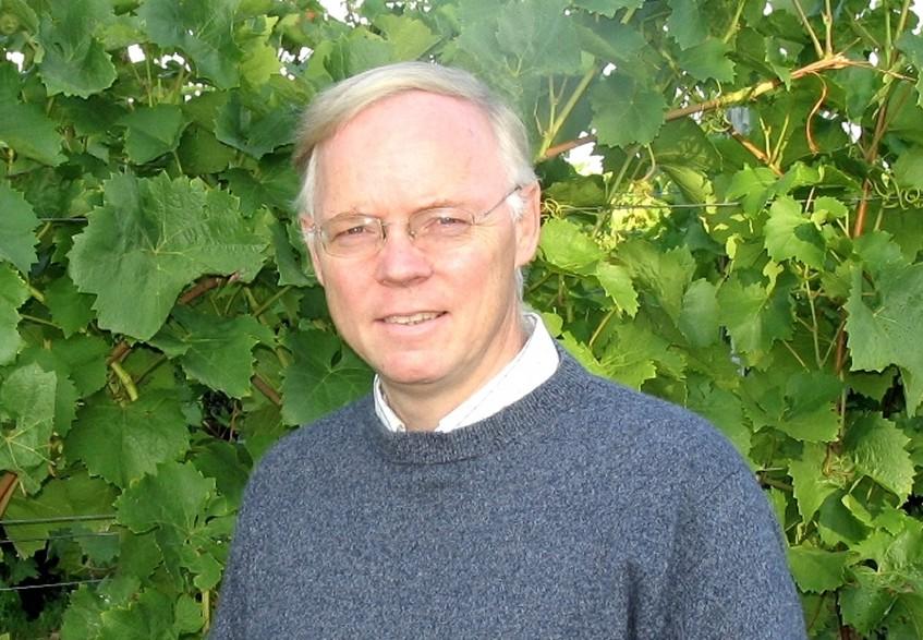 Wir sprachen mit Reinhard Töpfer, dem Leiter des Instituts für Rebenzüchtung Geilweilerhof. (Bildquelle: © JKI)